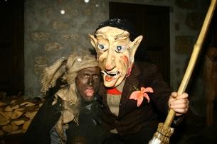 3 Rolar e Kheirar, personaggi principali del carnevale di Sauris